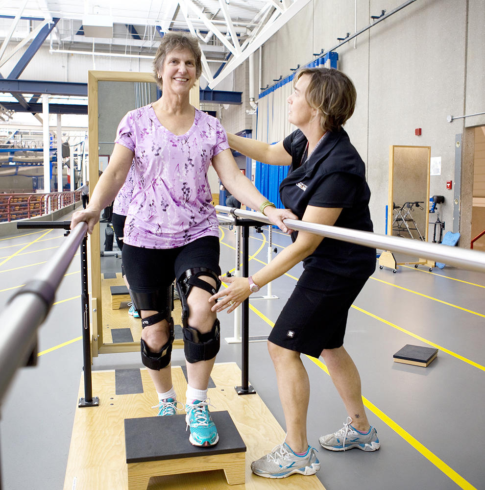 JointEffort participant works on her knee osteoarthritis